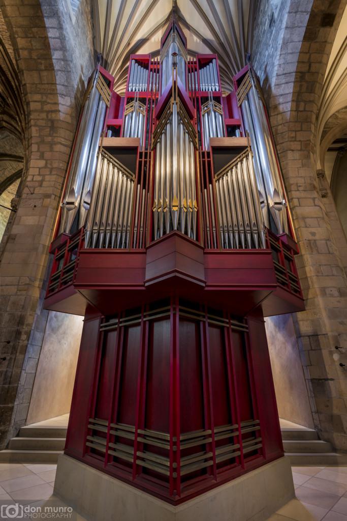Organ, St. Giles.