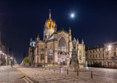 Moon and stars over St Giles